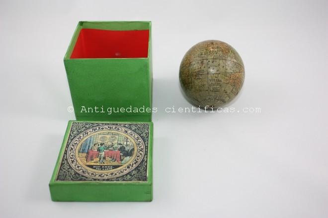 miniatura globo antiguo