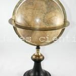 Globo terraqueo firmado Delamarche (Paris)c.1800